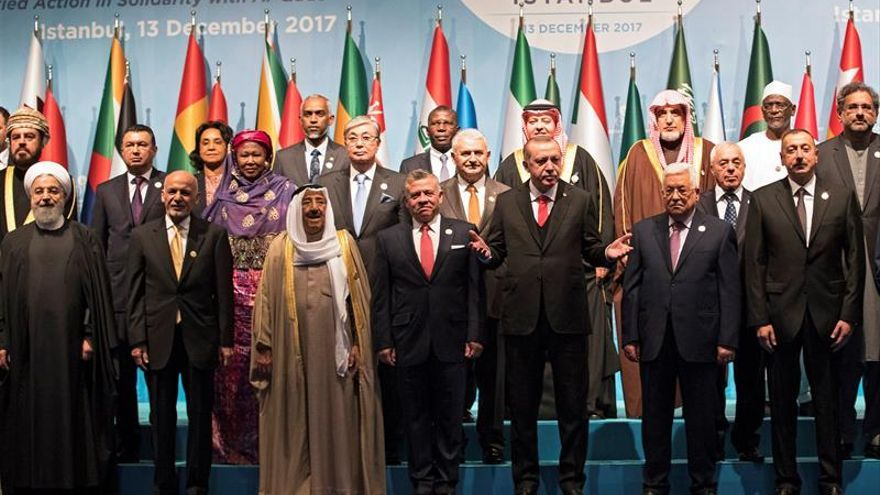 """57 países se reúnen en Estambul para condenar la """"masacre"""" en Gaza"""