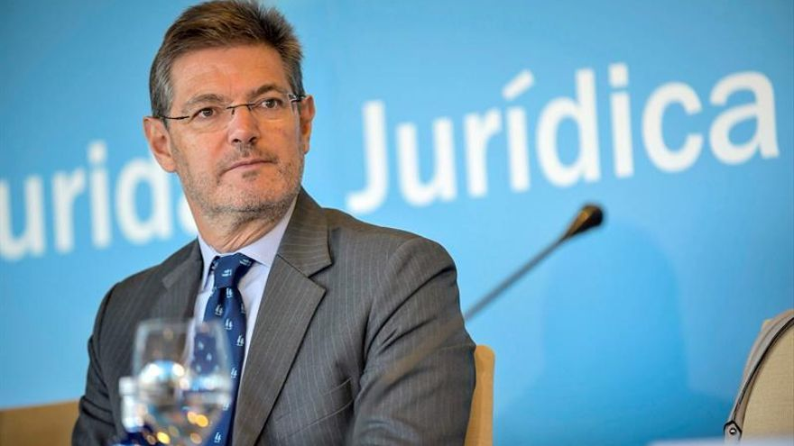 Catalá: Una persona huida de la justicia no puede ser candidata a nada