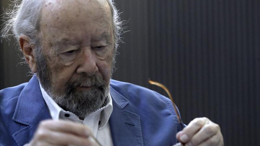 """Caballero Bonald: """"Escribir poesía a los 88 años es casi una obscenidad"""""""