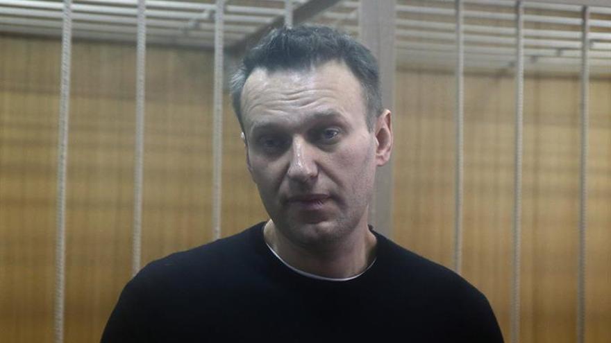 Líder opositor ruso condenado a 15 días de arresto por desacato a la policía
