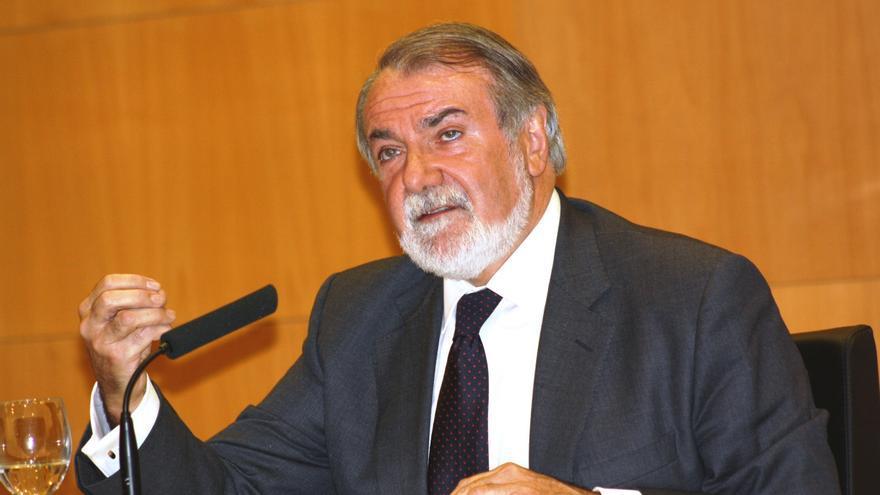 """Mayor Oreja: """"El daño moral del caso Bárcenas ya es de difícil reparación, diga lo que diga Rajoy o Cospedal"""""""