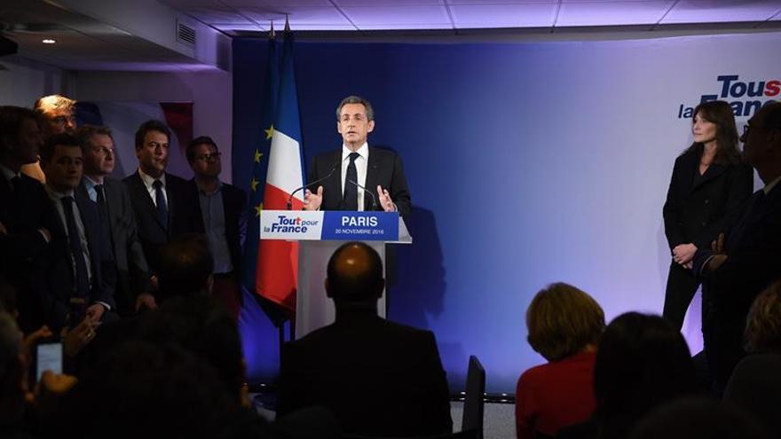 Sarkozy asiste con estupor al ocaso de su estrella