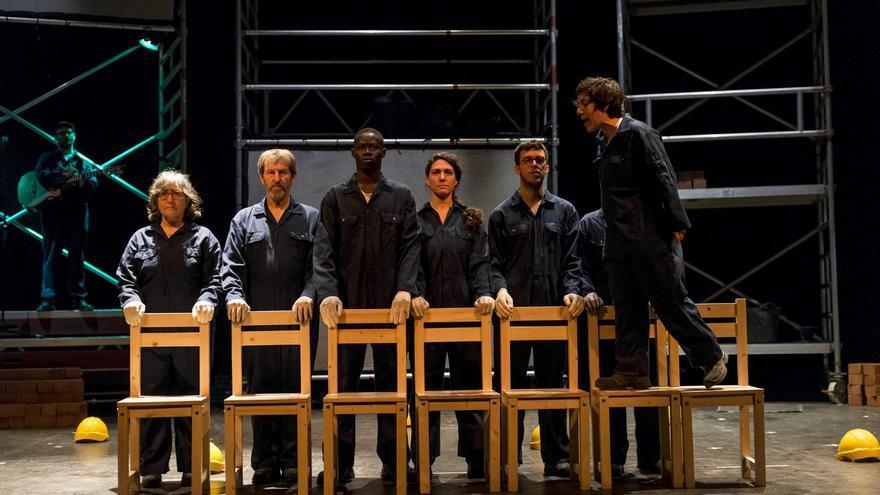 'Tot explota' en el teatre Rialto.