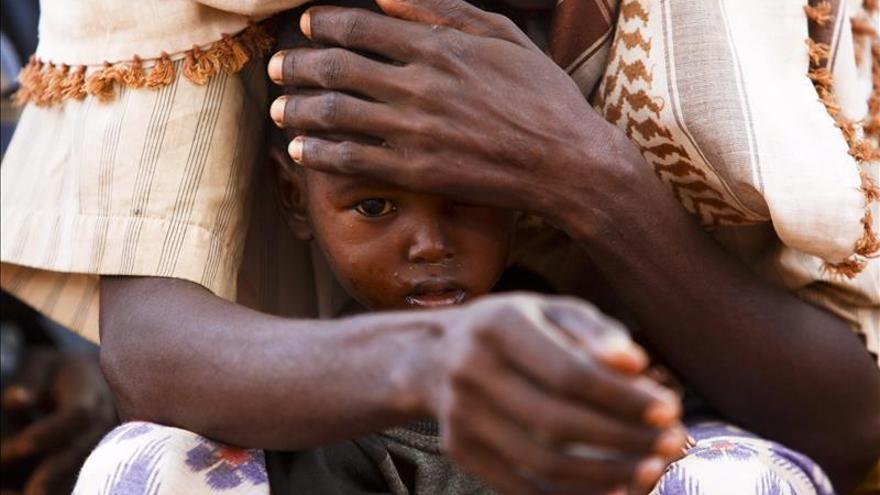 Miles de refugiados somalís en peligro si Kenia cierra Dadaab, según MSF y AI