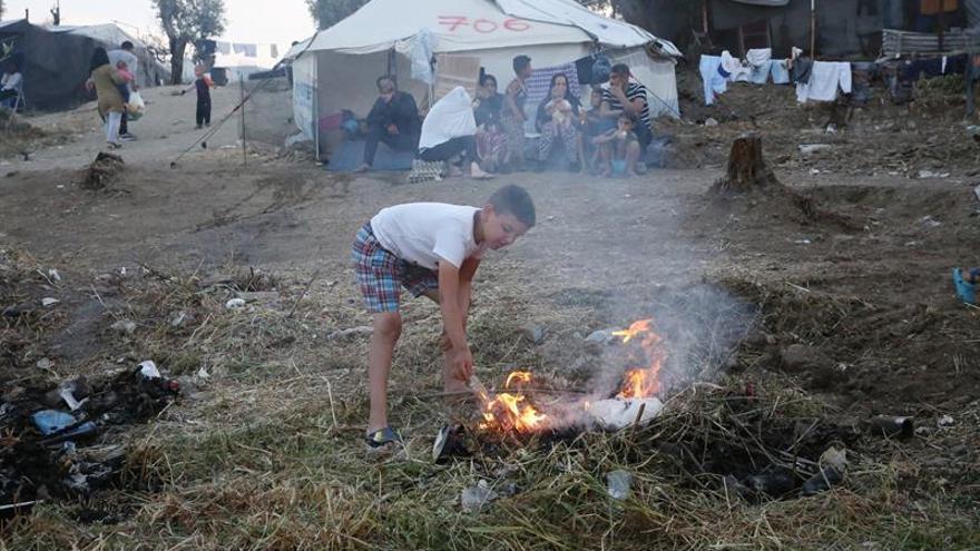 Comienza en Grecia el traslado de refugiados del campamento de Moria por hacinamiento