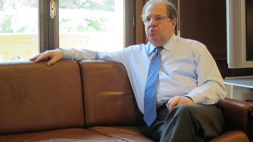 """Herrera, orgulloso de haber gobernado para todos y con todos, cree que presidir CyL """"bien merece una vida política"""""""