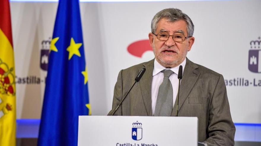 STE se suma a Anpe y pide para C-La Mancha el calendario escolar de Cantabria