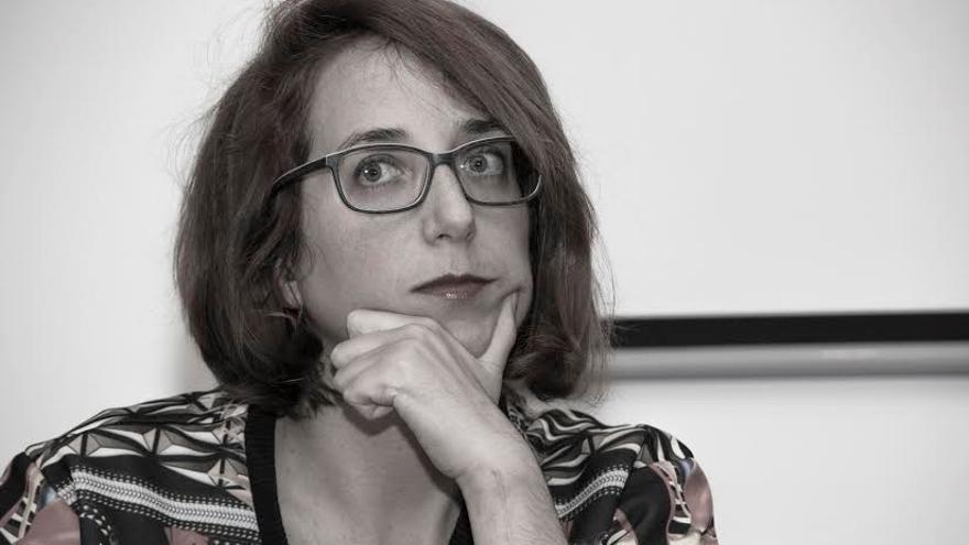 La comisaria de exposiciones Maria Pété Cuca