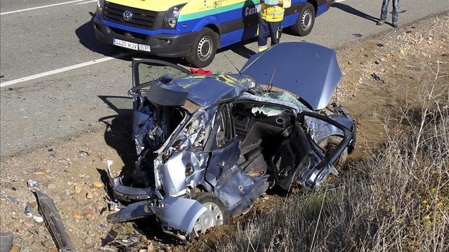 Ocho muertos en seis accidentes de tráfico durante el fin de semana