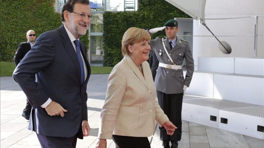 Merkel: el ejemplo de España muestra que las reformas valen la pena