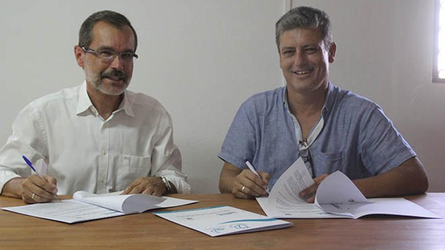 El Cabildo firma con Tuineje la celebración del Festival Mar Abierto en Gran Tarajal.