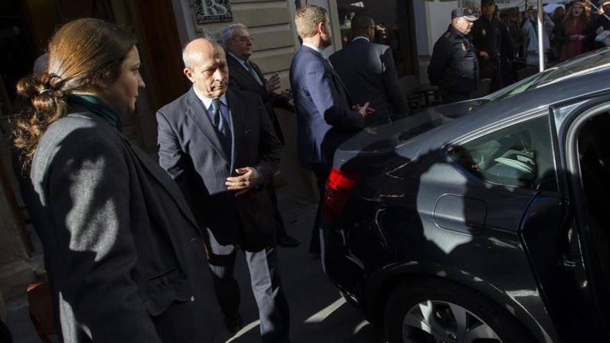"""El PSOE denuncia que el PP ha creado un """"mini Erasmus"""" al recortar estancias"""