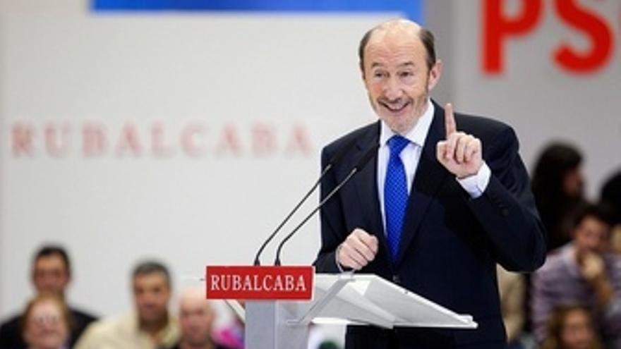Alfredo Pérez Rubalcaba En Un Mitin Por Federación Socialista Asturiana