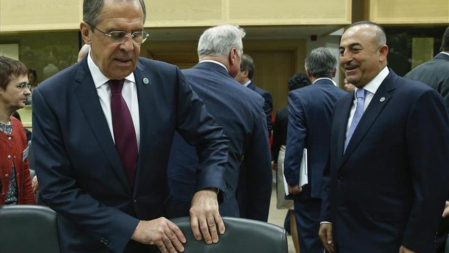 Los ministros de Exteriores de Rusia y Turquía se reúnen hoy en Belgrado