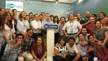 Los populares de Sevilla tras los resultados del 26J (Fotografía: PP de Sevilla).