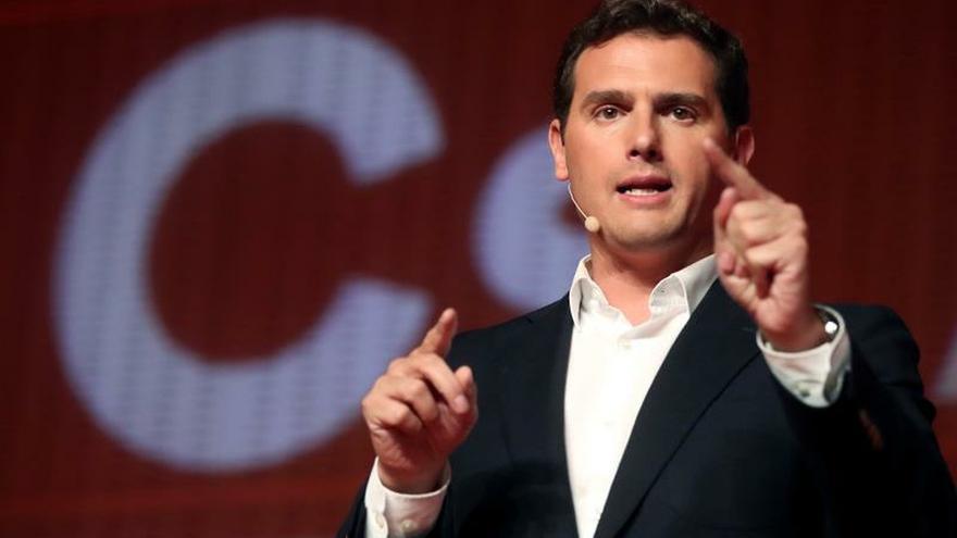 Rivera:  Pérez-LLorca era un hombre de Estado y un referente centrista