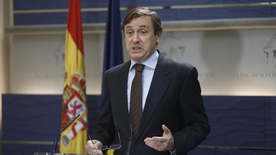 """El PP pide a Puigdemont que se deje de """"juergas flamencas"""" y asuma ya su """"responsabilidad"""" compareciendo en el Supremo"""