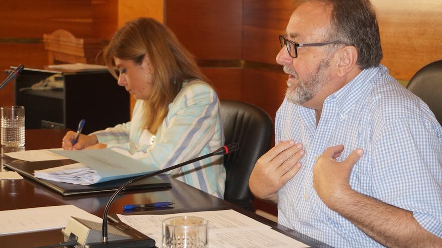 """Villanova, vicepresidente primero de la FAMP, apuesta por ir """"todos a una"""" para """"defender a los ciudadanos"""""""