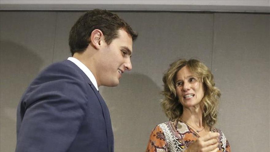 La exministra Garmendia dice a Rivera que no va a volver a la política