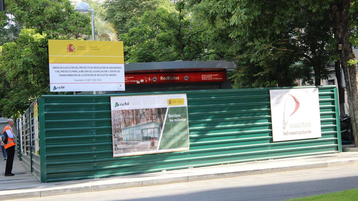 La estación de Recoletos cerrada por obras | SOMOS CHUECA