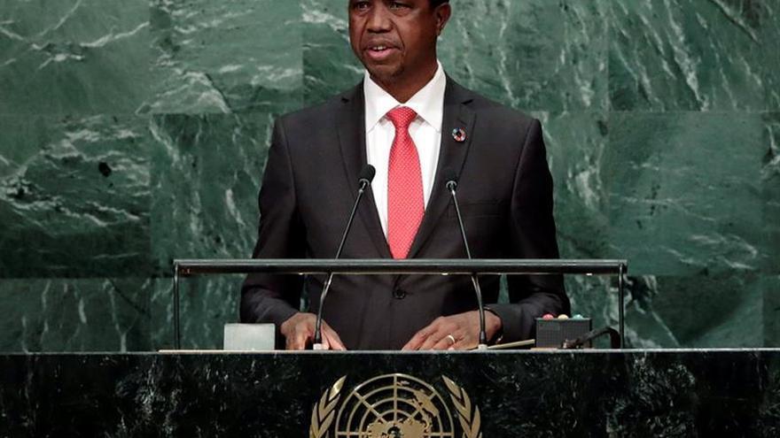 Aministía Internacional pide a Zambia que retire los cargos contra dos opositores procesados