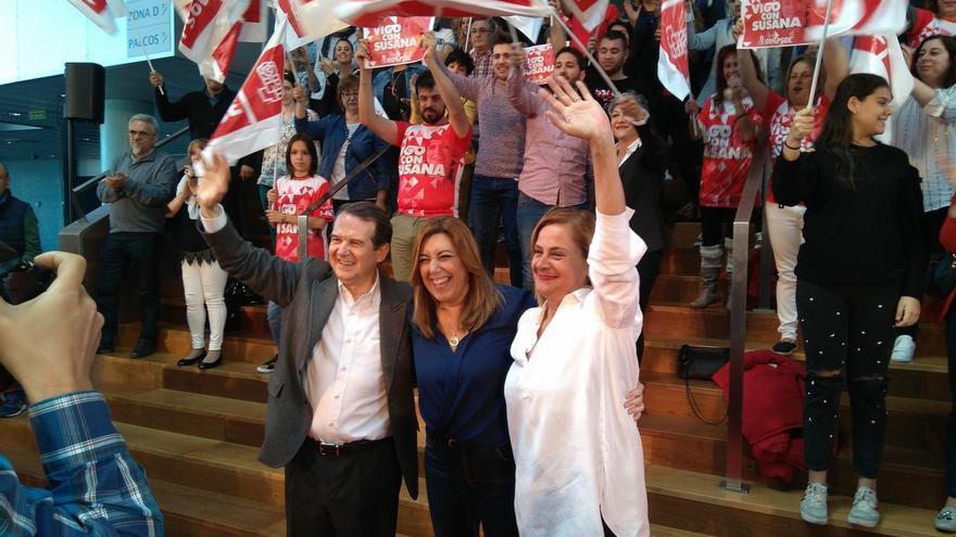 """Susana Díaz no permitirá que nadie """"humille"""" al PSOE ni la callarán en la defensa de la dignidad de los socialistas"""