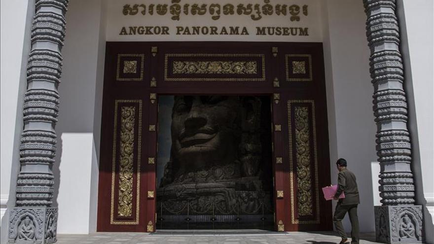 Corea del Norte abre un museo sobre Angkor en Camboya para vender su arte