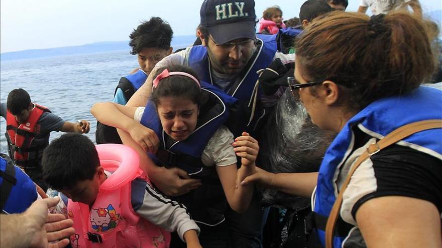 Cinco personas desaparecidas en dos naufragios ante las islas griegas