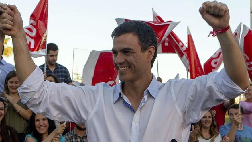 Rajoy viaja a Pamplona y Zaragoza y Sánchez respalda al PSC en Cataluña