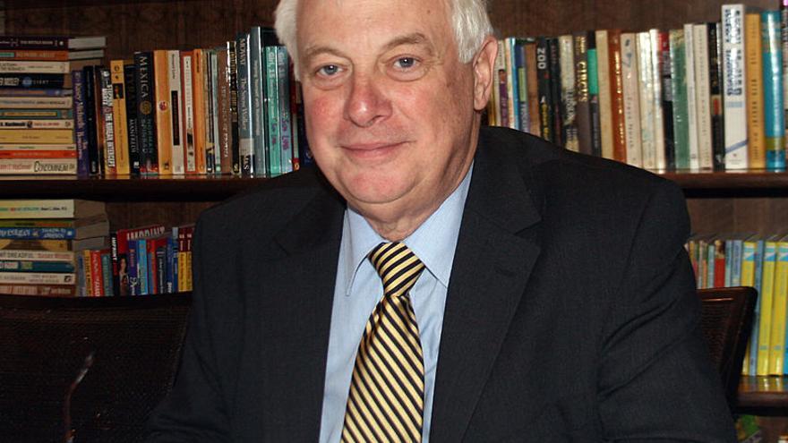 El exgobernador británico de Hong Kong, Chris Patten