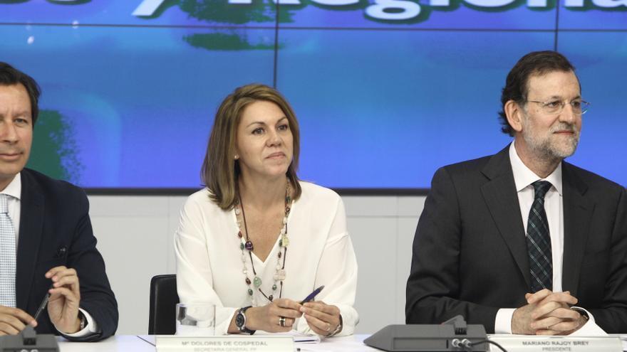 Rajoy y Cospedal encabezan la delegación que viaja a Bucarest al congreso del PPE que reelegirá a Martes y López-Istúriz