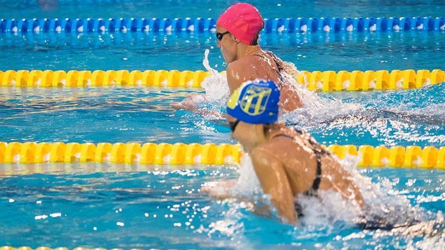 La nadadora catalana Mireia Belmonte (arriiba), del UCAM Fuensanta