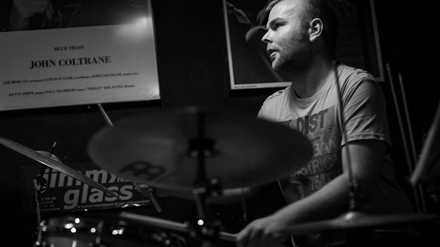 El batería Miquel Asensio