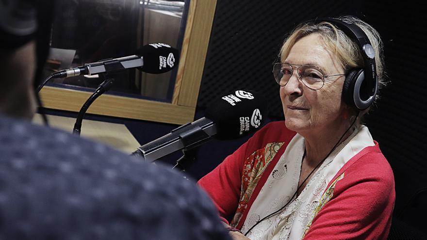 Soledad Puértolas en Carne Cruda - Álvaro Vega Gómez