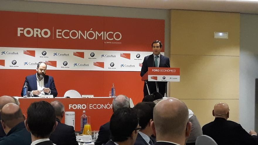 Antonio Garamendi, durante su conferencia en el foro organizado por la revista Dato Económico