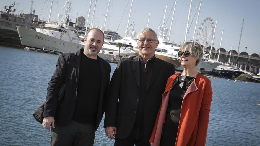 El alcalde de València, Joan Ribó, con Xavi Calvo, co-director estratègic del projecte y Marisa Gallén, presidenta del comité organitzador