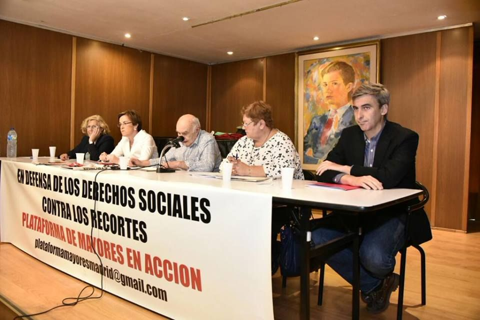 Mesa del encuentro de la Plataforma Mayores en Acción con los candidatos al Ayuntamiento de Madrid   Fotografía: FRAVM