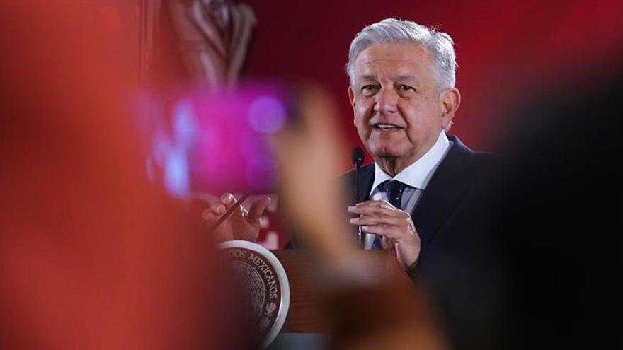 López Obrador asegura que hay recursos para construir refinería en México