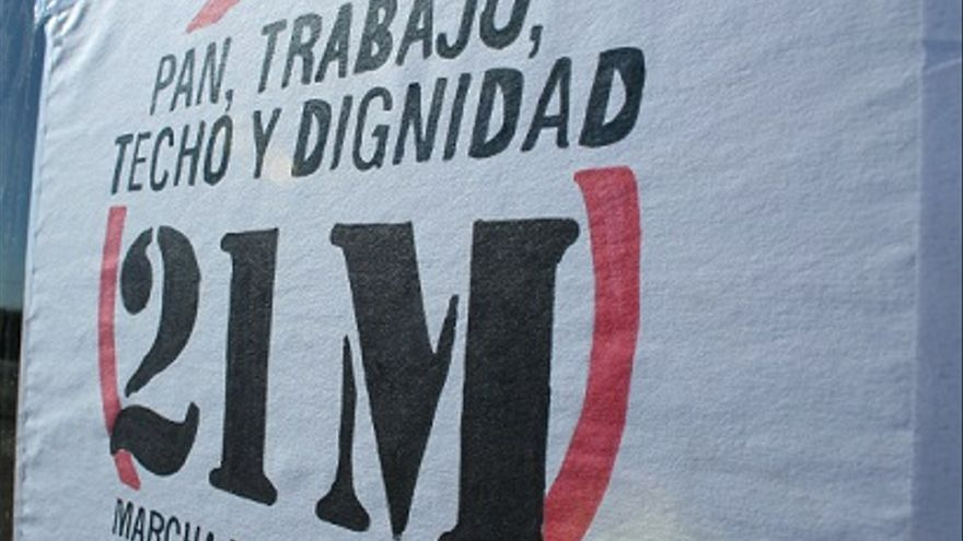 Lema de las Marchas de la Dignidd 2015. Foto: Asamblea Albacete