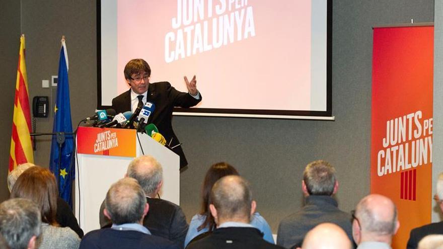 """Puigdemont, un mes pretendiendo """"internacionalizar"""" su caso con escaso éxito"""