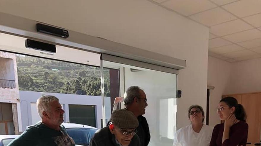 La Residencia de Mayores en Santo Domingo, en Garafía, ha abierto este viernes sus puestas y acoge a los primeros usuarios.