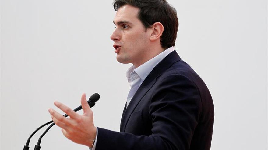 Rivera:Una legislatura transitoria, ni lo nuevo ha llegado ni lo viejo muerto