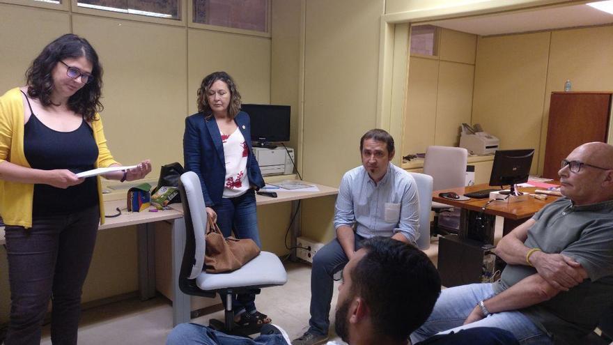 Romero, en una reunión en el Parlamento de La Rioja con su equipo