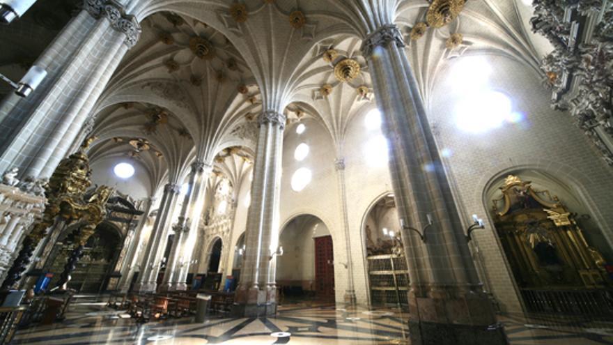 """HazteOir recoge firmas contra la """"expropiación de la catedral de Zaragoza"""""""