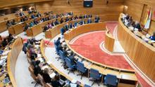Galicia se piensa el voto del que depende la cuarta mayoría de Feijóo