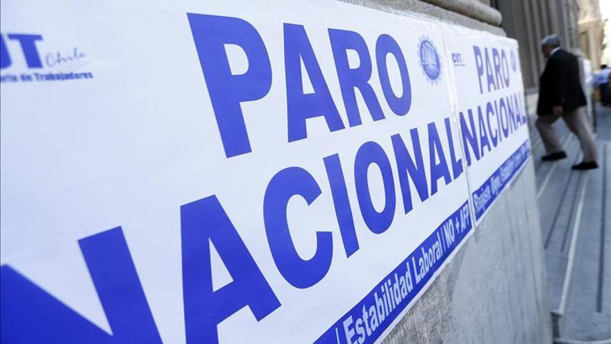 Gobierno chileno cifra en 9 por ciento apoyo segundo día de paro de empleados públicos