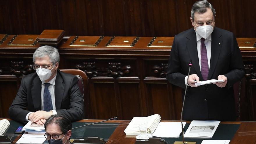 Draghi, criticado, promete implicar al Parlamento en su plan de recuperación