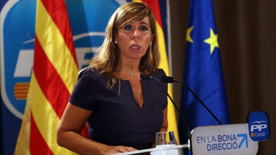 """Sánchez-Camacho dice que """"si Mas se equivoca, el Estado y Rajoy garantizan la ley"""""""