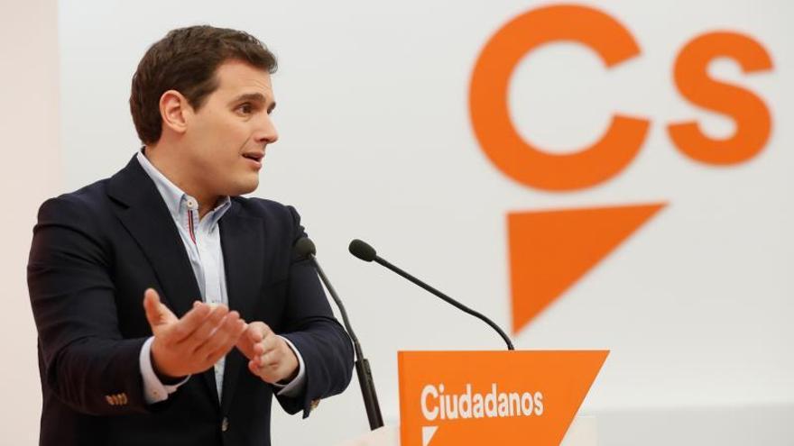 Cs consolida su primera posición y Podemos pasa a PP y PSOE, según una encuesta