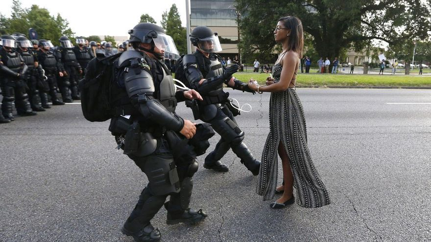 Taking a Stand in Baton Rouge / Jonathan Bachman, USA, Thomson Reuters